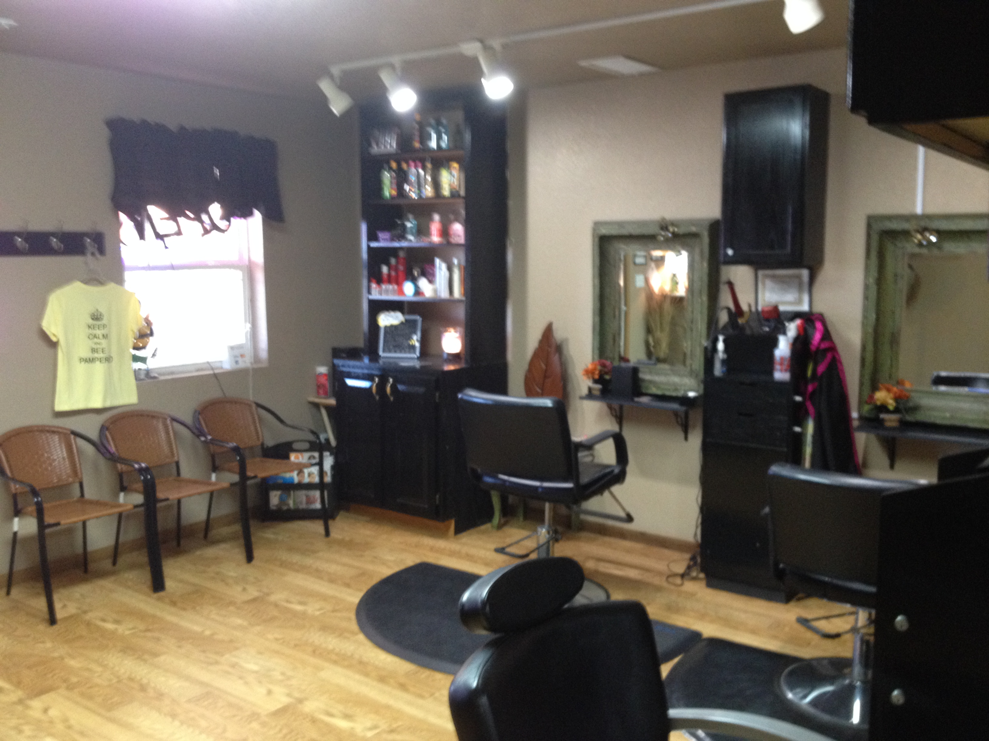 hair cutting area